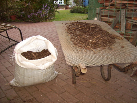 Compost bieng sieved 2